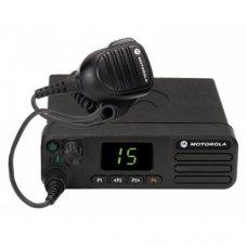 Рация Motorola DM4400